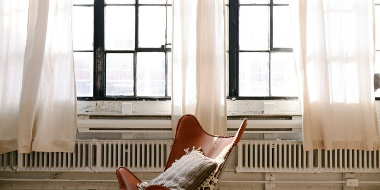 6-Questions-to-2018-08-6-Questions-to-Ask-Yourself-Before-Buying-Curtains