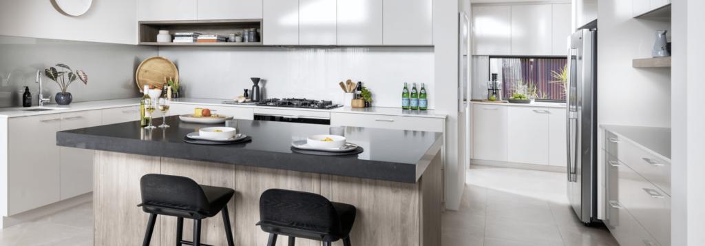 white splashback kitchen