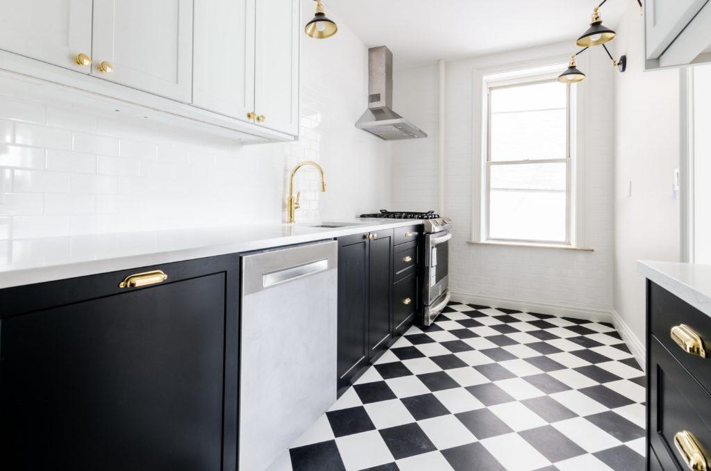 Kitchen Flooring Ideas - Colours