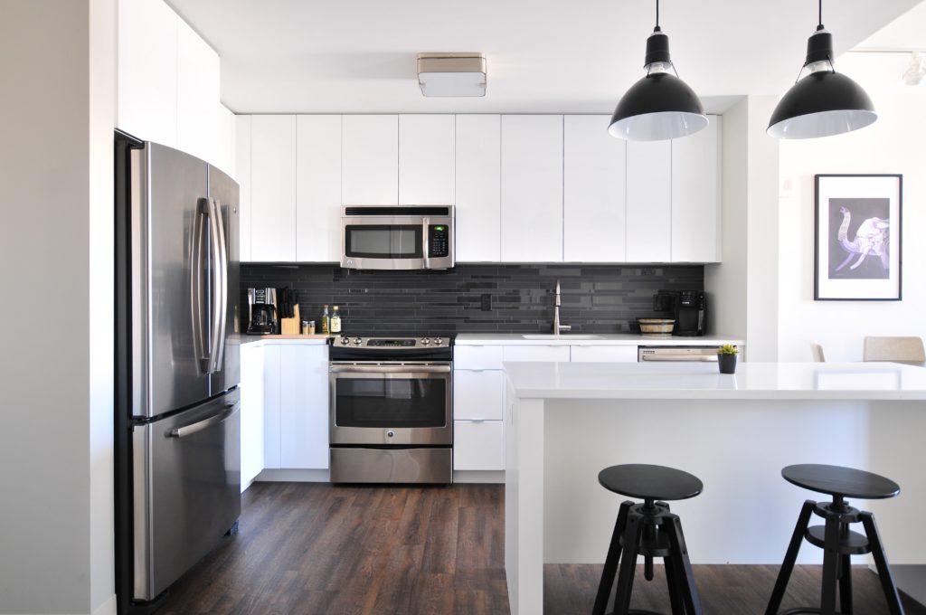 Kitchen Flooring Ideas - Looks
