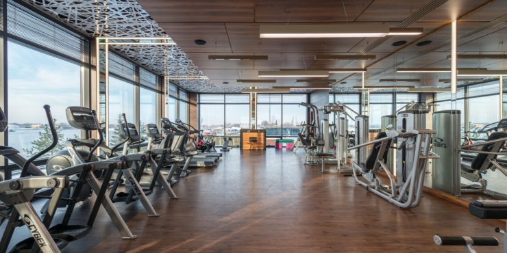 Gym-Lino-Wooden-Floor-With-Equipment